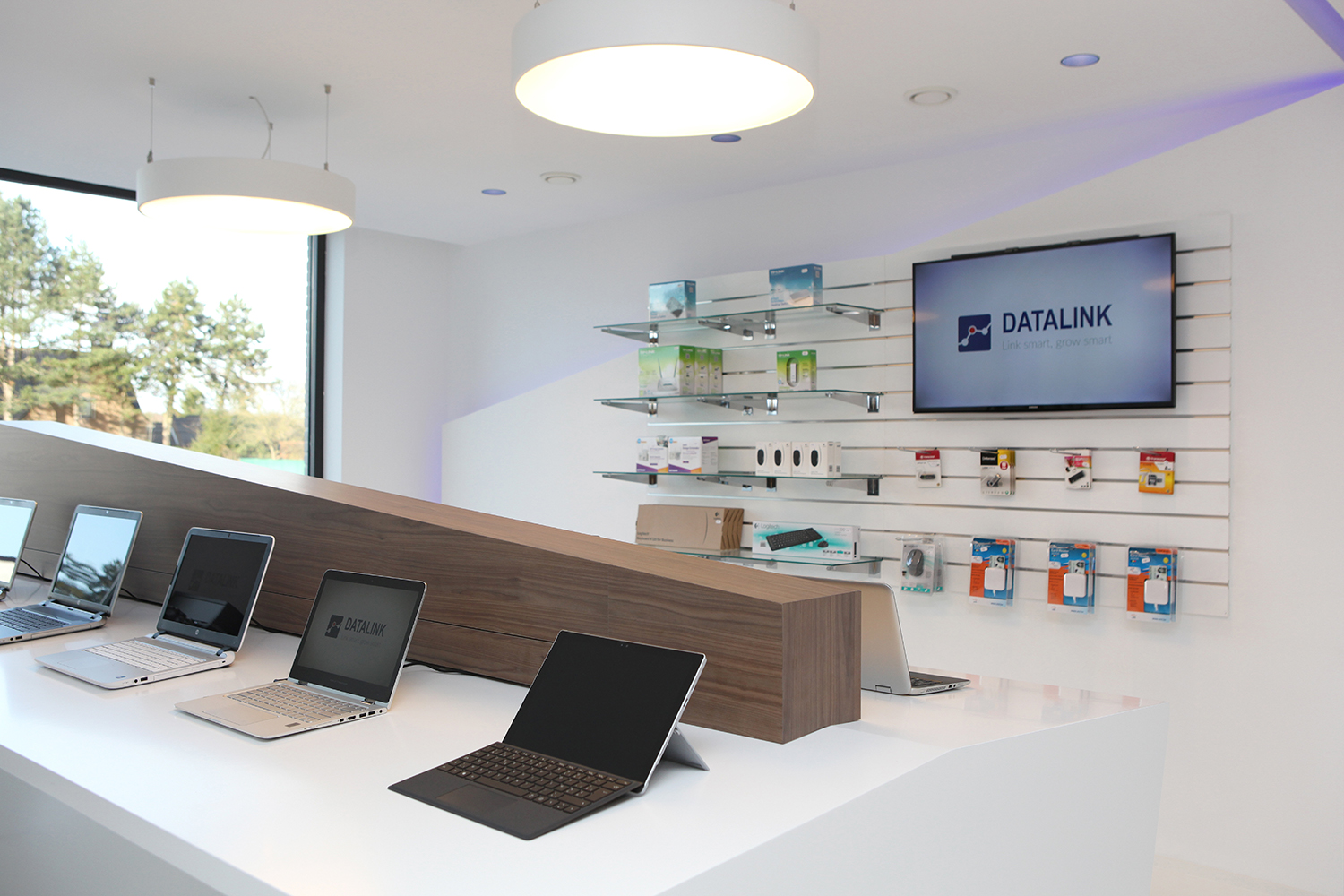 showroom datalink